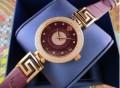 防水機能に優れるヴェルサーチ、Versace コピーの女性腕時計